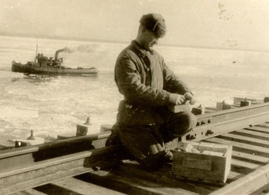 В 1944 году мост через Керченский пролив был временным