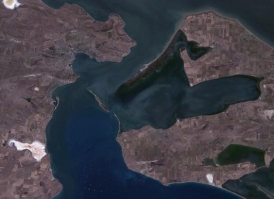 Эксперт: Мост или тоннель в Крым через Керченский пролив?