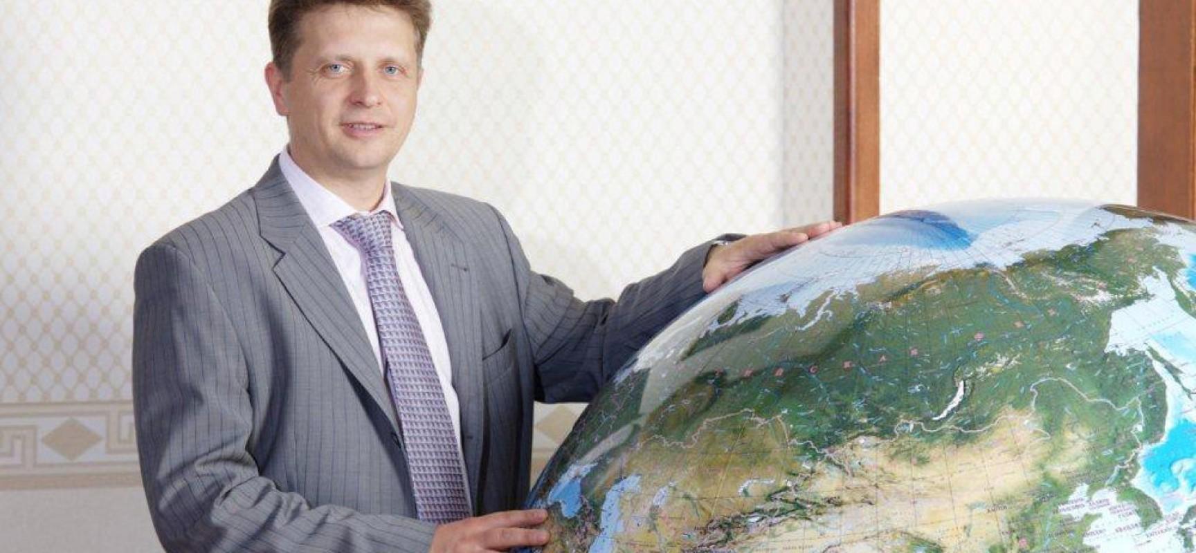 Министр транспорта России Максим Соколов подвел итоги работы Керченской переправы за прошлый год и наметил планы на будущее