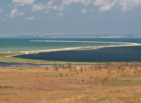 2 июля Министр транспорта РФ Максим Соколов проинспектировал ход подготовительных работ по проекту моста через Керченский пролив