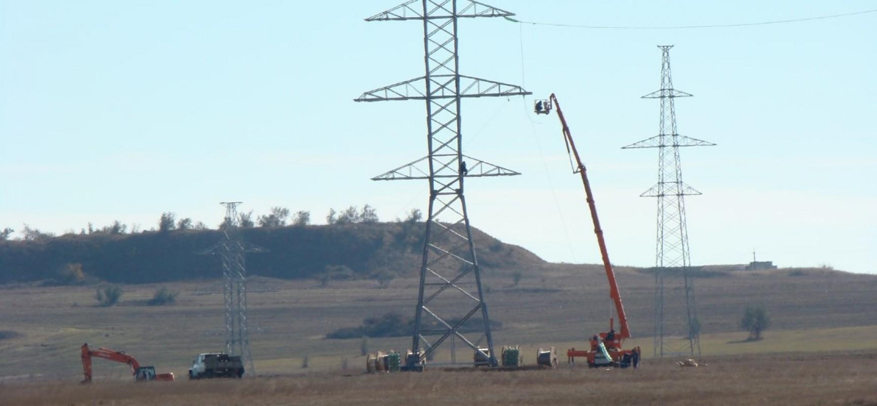 Энергомост в Крым взят под усиленную охрану силовых ведомств из-за угрозы терактов