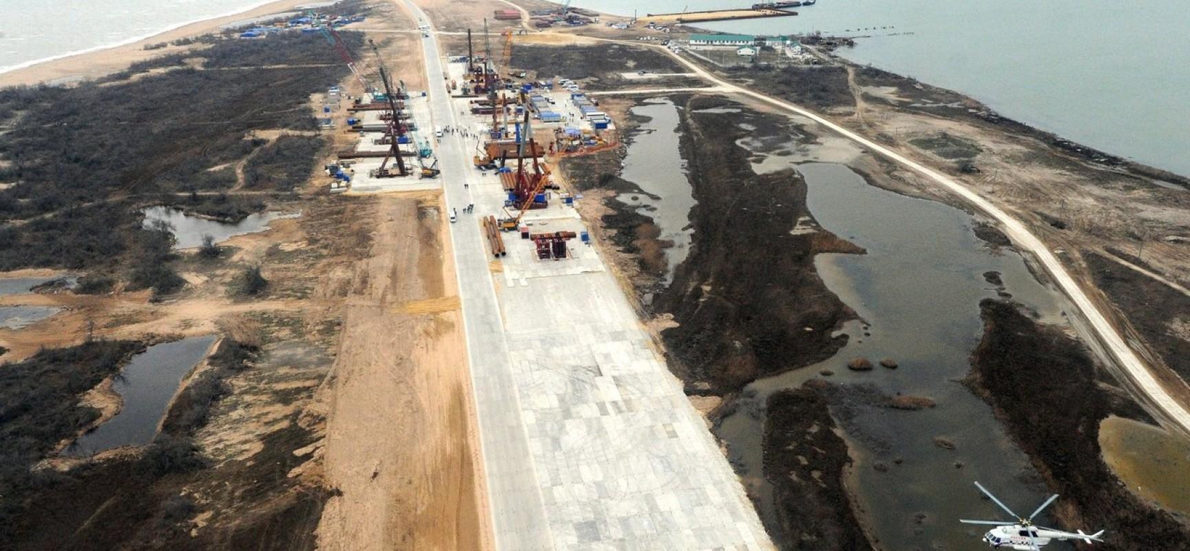 Путин прибыл на место строительства моста через Керченский пролив