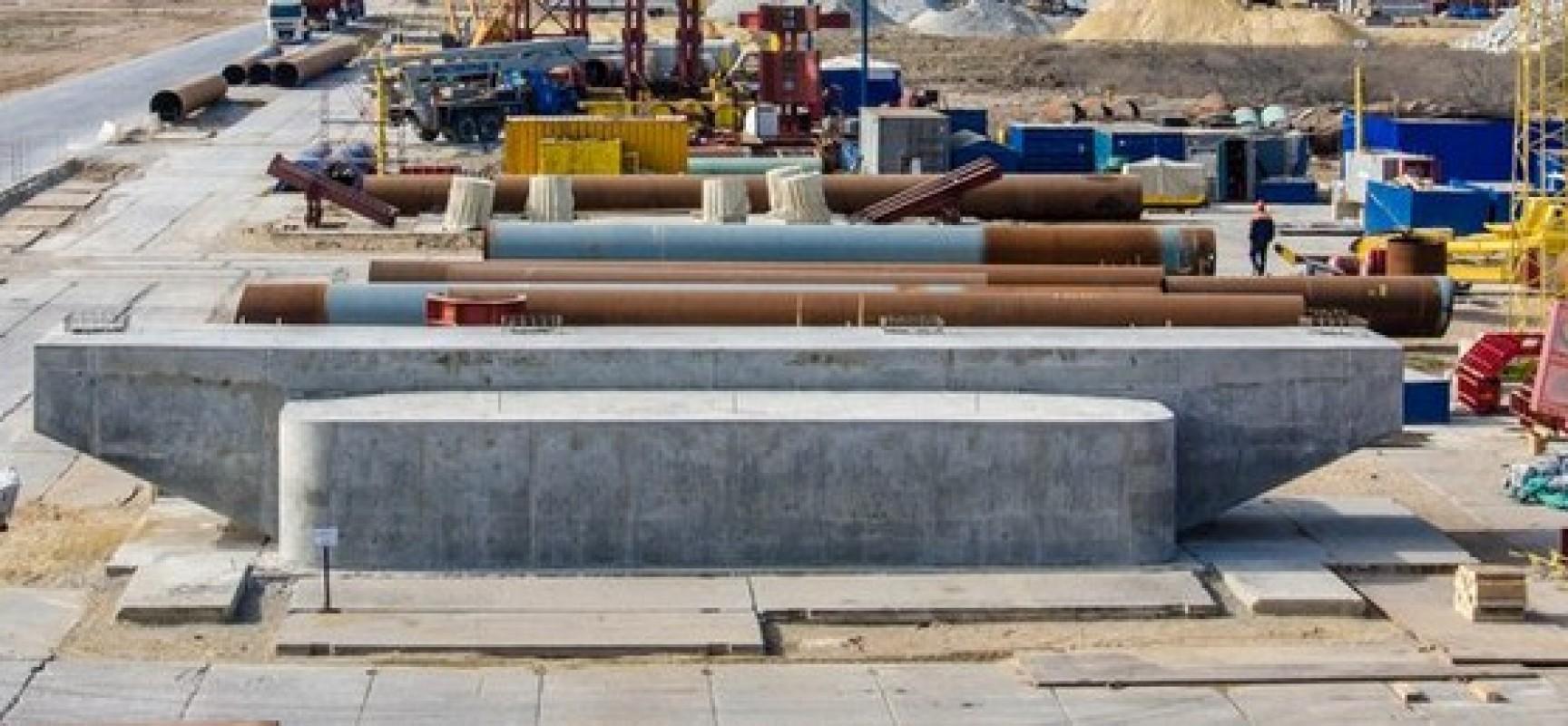 На Тузле возведена первая опора моста через Керченский пролив – опора № 173 под автомобильную трассу