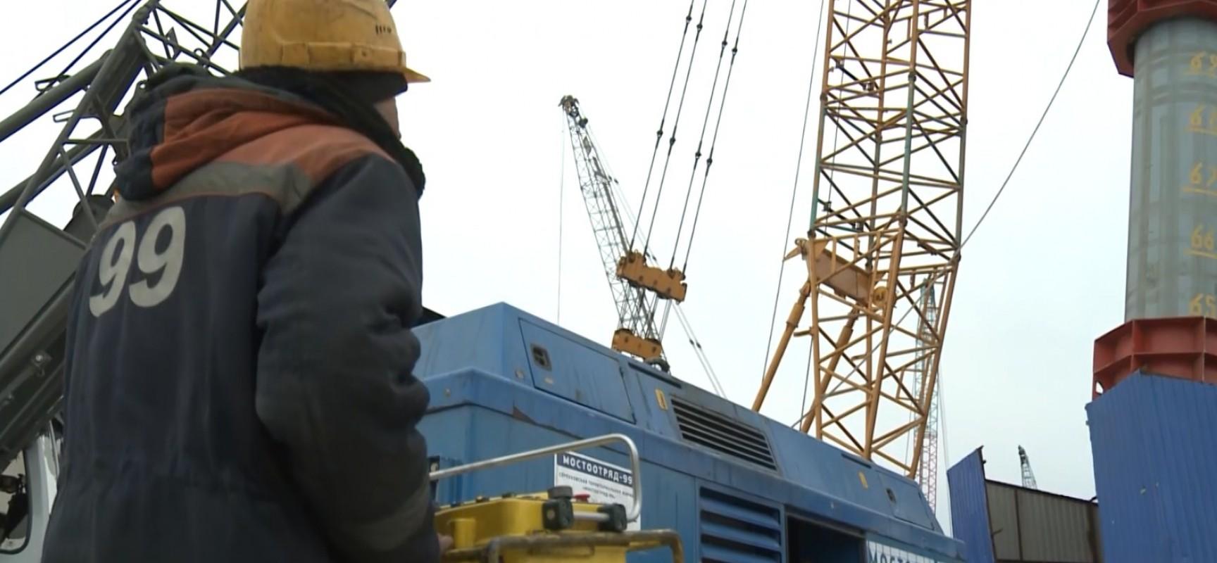 Какие компании принимают участие в строительстве моста через Керченский пролив?