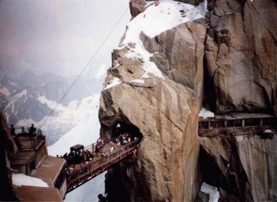 Пять опасных висящих мостов