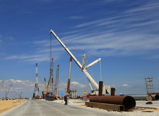 Студенческие стройотряды отправились на стройку Керченского моста