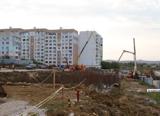 В Керчи ускорились работы по возведению двух домов для переселенцев с Цементной Слободки