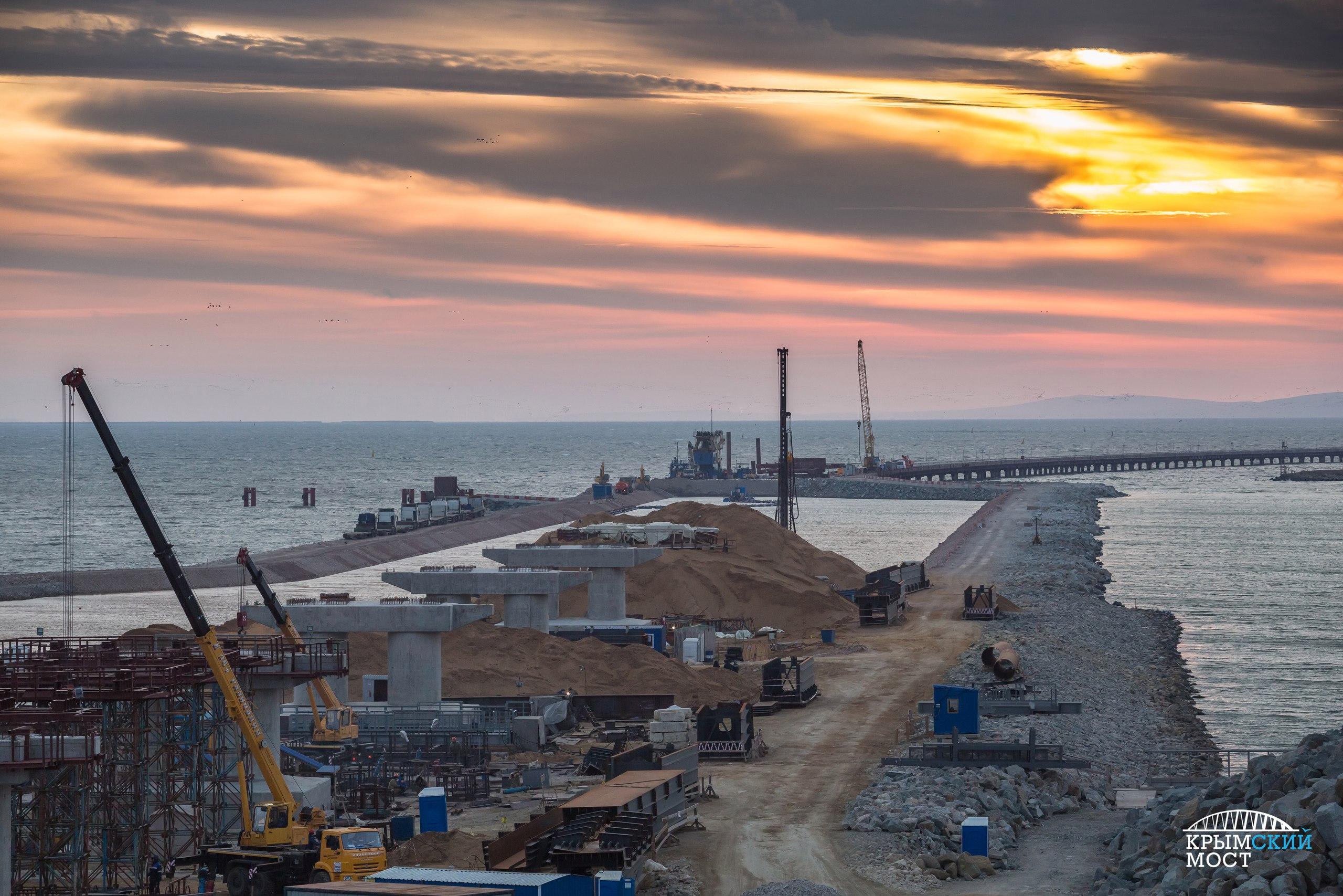 Стройка века «душит» Запад: Керченский мост как