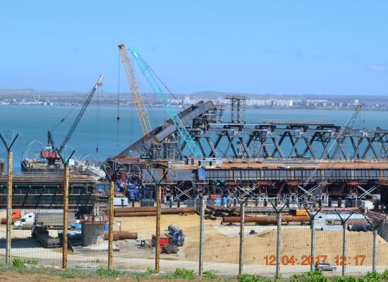 Мостовики и дорожники обсудили особенности строительства моста через Керченский пролив