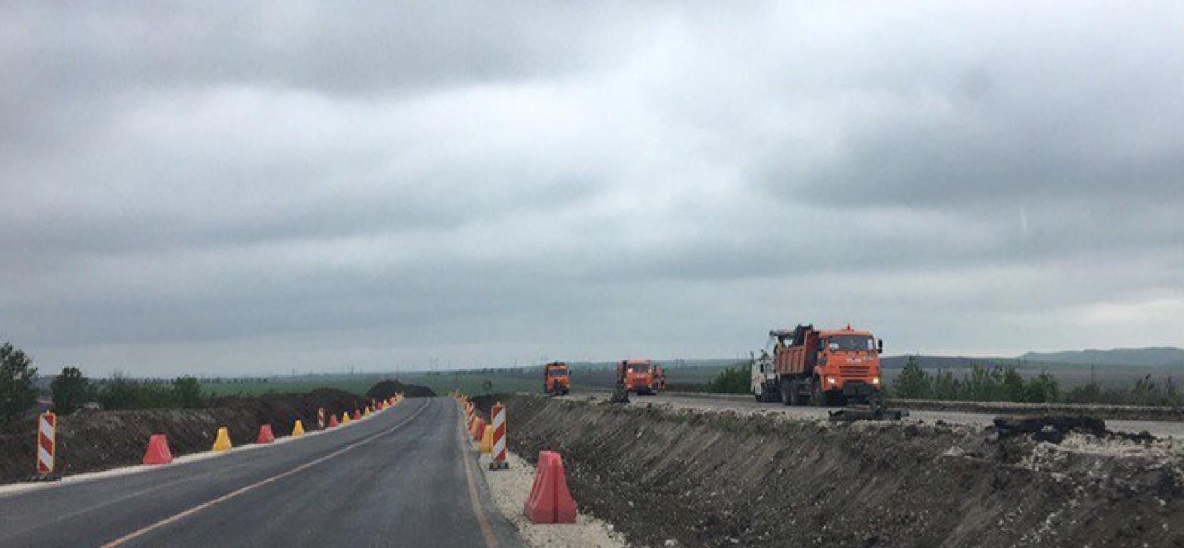 Строители трассы «Таврида» заасфальтировали первый участок дороги