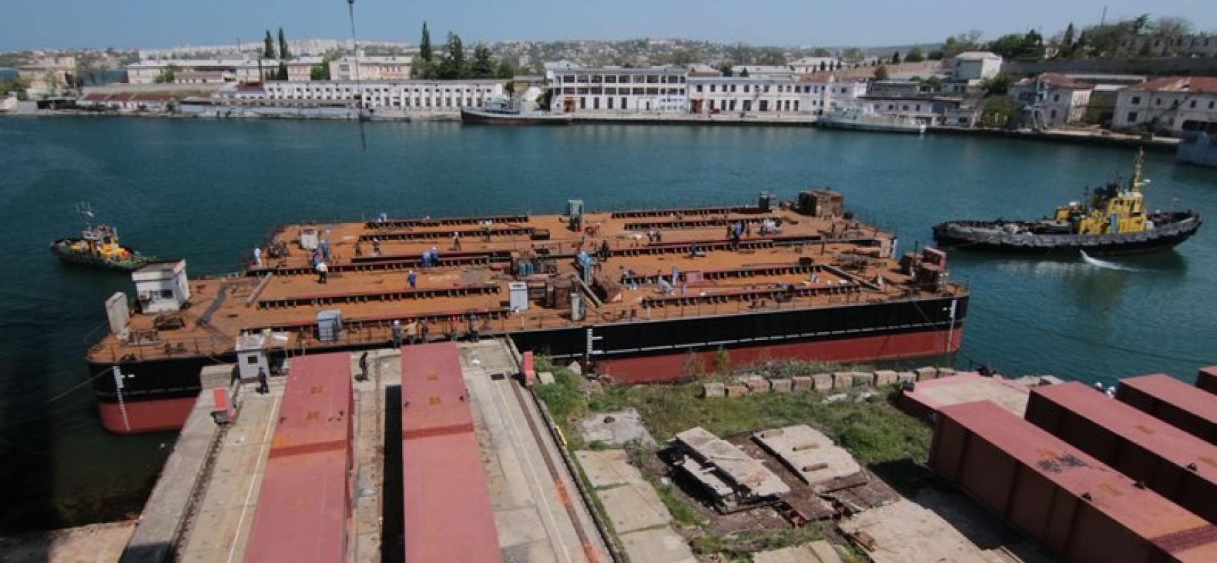 Спущена на воду плавсистема, которая доставит арки Крымского моста с ТП Керчь к месту монтажа