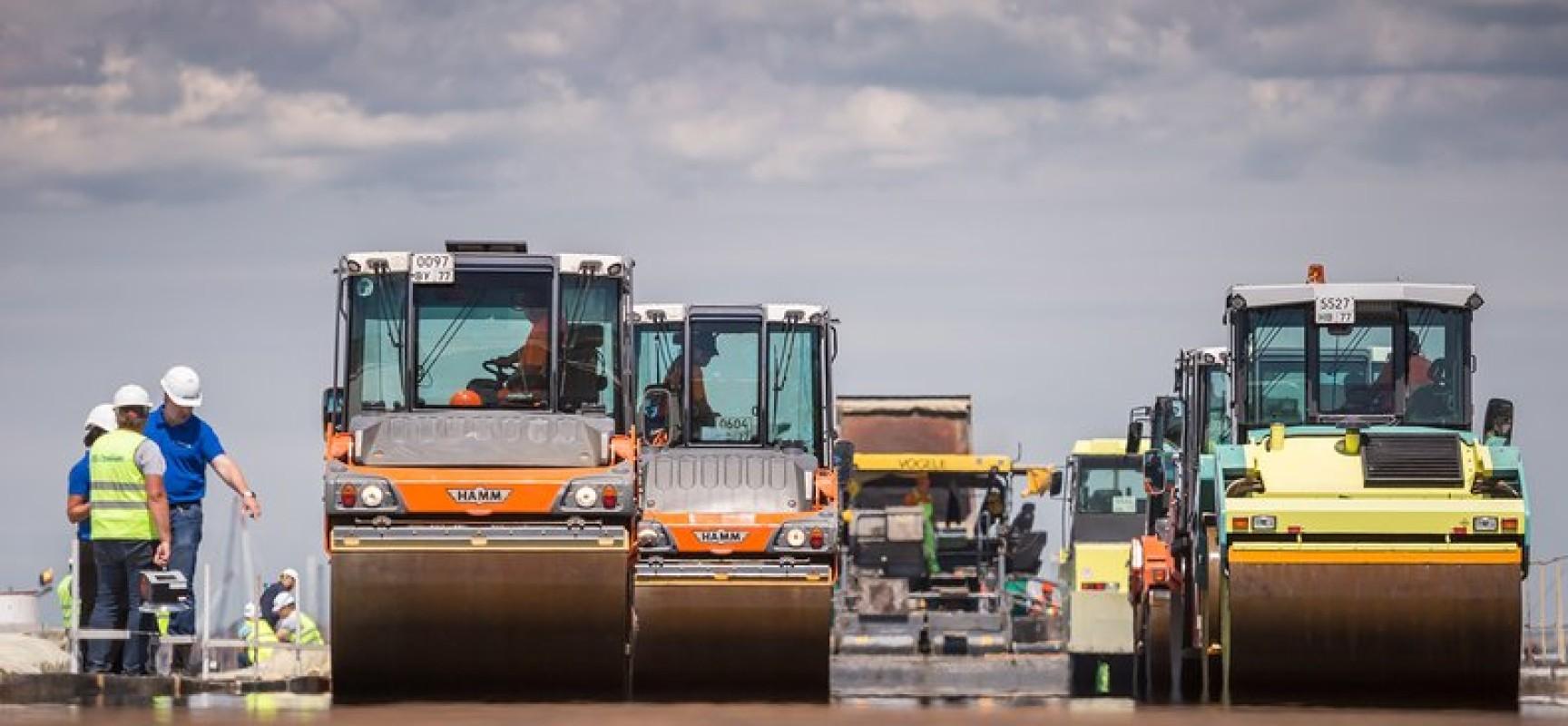На строительстве моста через Керченский пролив стартовали работы по устройству дорожного покрытия
