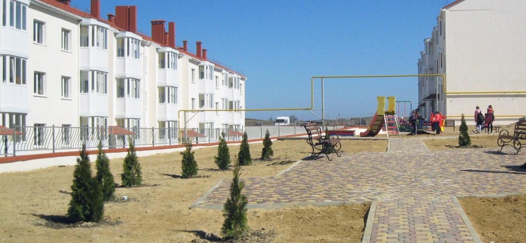 Здания в санитарной зоне Керченского моста