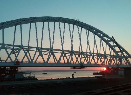 Наблюдаем онлайн за строительством моста через Керченский пролив и в прямом эфире