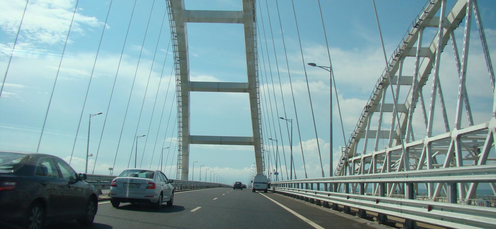 Мост через керченский пролив, летний трафик, статистика