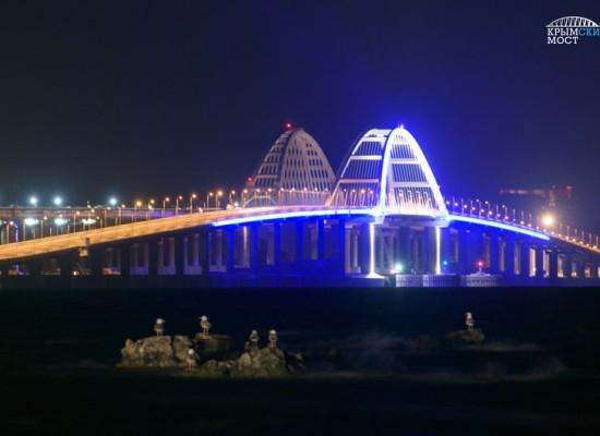 23 декабря из Санкт-Петербурга отправится первый поезд, который пройдет по Керченскому мосту